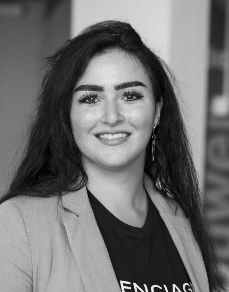 Özlem is communicatieadviseur bij HVR Group